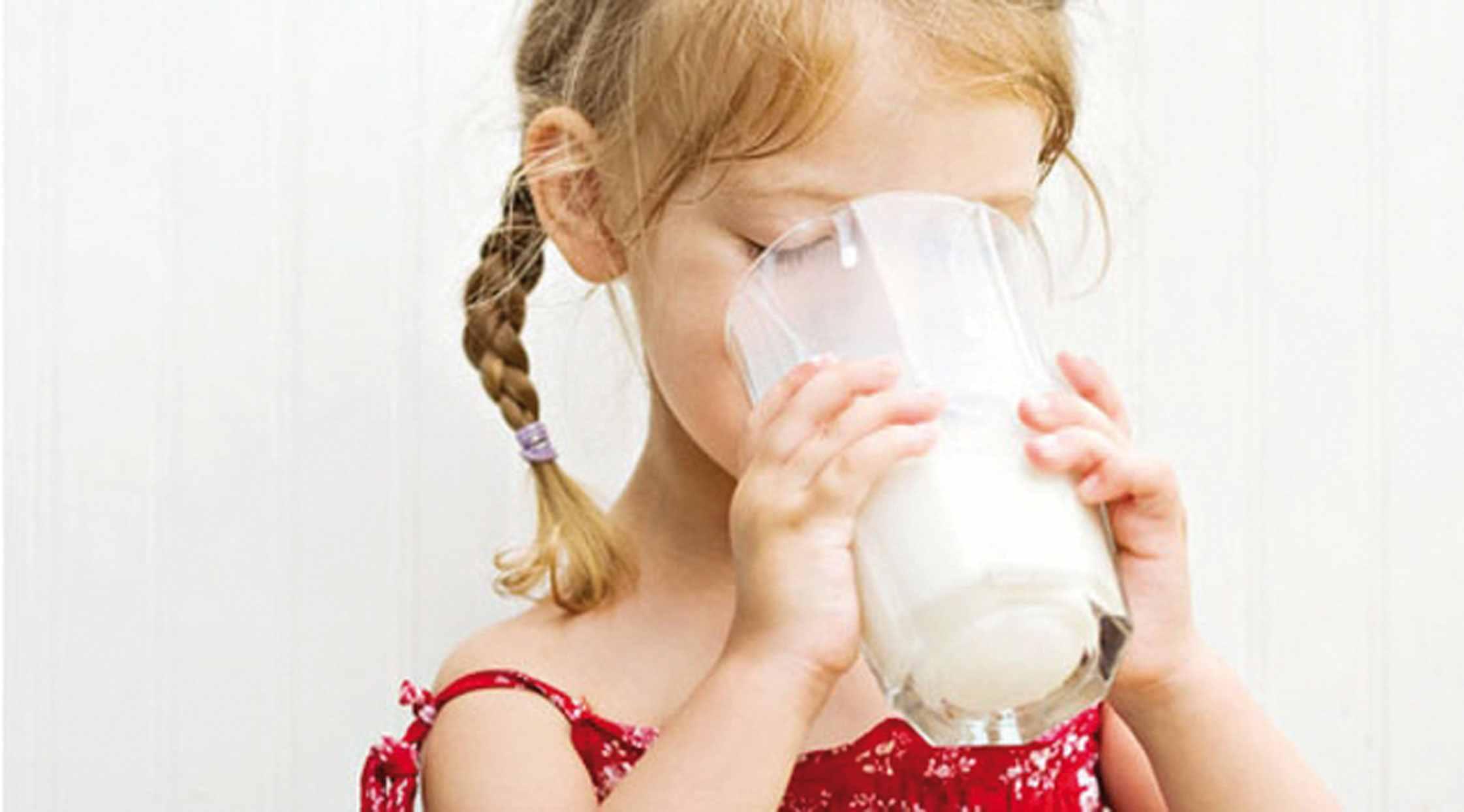 ruyada-süt-icmek