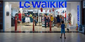 lc-waikiki--bayramda-acik-mi